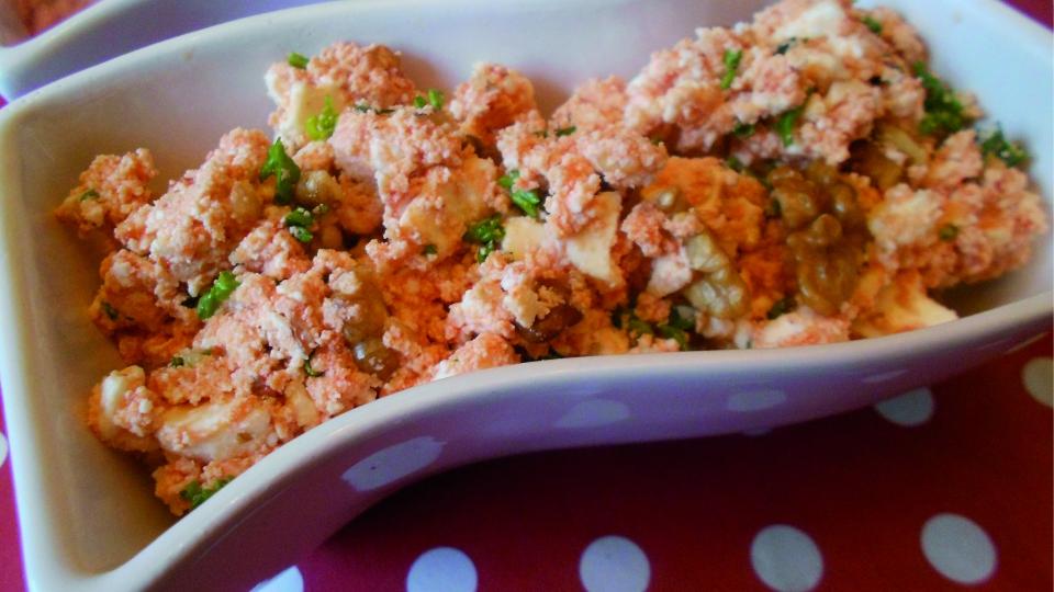 Grie salade met knoflook en walnoten